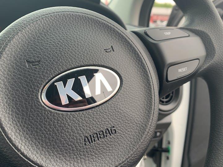 Kia Picanto 1.0 1 Hatchback 5dr Petrol Manual (s/s) (66 Bhp)   YM69WTN   Photo 17