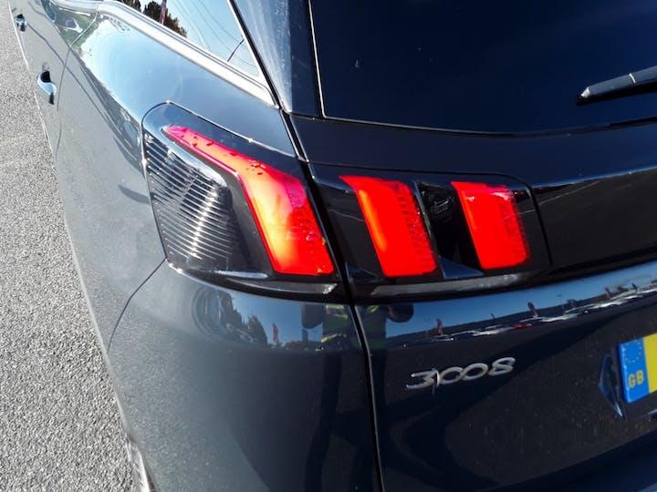 Peugeot 3008 1.2 Puretech Allure 5dr | DP18TGE | Photo 18
