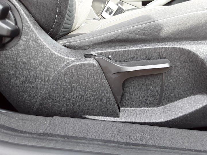 Ford Fiesta 1.25 Zetec Hatchback 3dr Petrol Manual (eu6) (122 G/km, 81 Bhp) | FJ15TWX | Photo 18