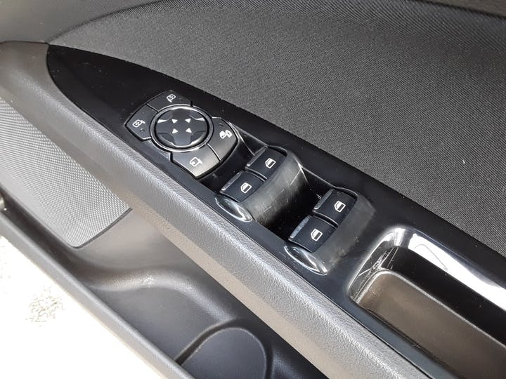 Ford Mondeo 1.5t Ecoboost Titanium Hatchback 5dr Petrol (s/s) (160 Ps) | GM15LGL | Photo 18