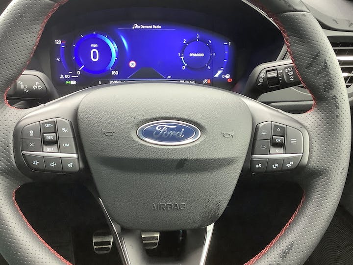 Ford Kuga 1.5 Ecoblue St Line First Edition SUV 5dr Diesel Manual (s/s) (120 Ps) | MA20WKD | Photo 18