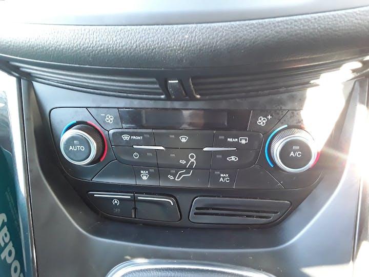 Ford Kuga 2.0 TDCi Titanium SUV 5dr Diesel Manual (s/s) (150 Ps) | MA67HHJ | Photo 18