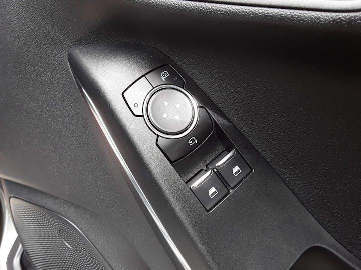 Ford Fiesta 1.0t Ecoboost Titanium Hatchback 5dr Petrol Manual (s/s) (100 Ps) | MD67KCJ | Photo 18