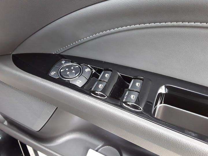 Ford Mondeo 2.0 Tivct Titanium Edition Estate 5dr Petrol Hybrid Cvt (s/s) (17 Inch Alloys) (187 Ps)   MF69TWK   Photo 18