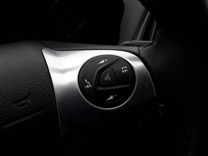 Ford Kuga 1.6 Ecoboost Zetec 5dr 2wd | MK64AEA | Photo 18