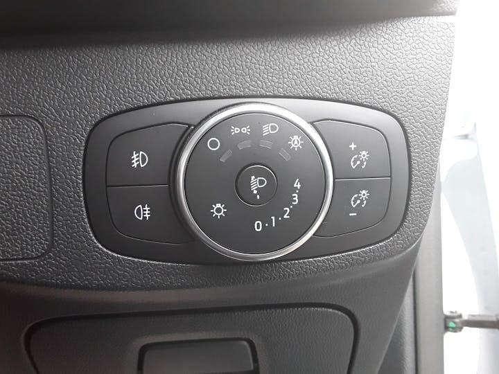 Ford Focus 1.0t Ecoboost St Line Hatchback 5dr Petrol Manual (s/s) (125 Ps) | ML19VBF | Photo 18