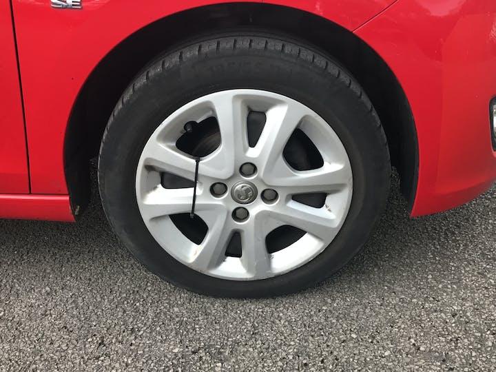 Vauxhall Viva 1.0i SE Hatchback 5dr Petrol (a/c) (75 Ps) | MT66UAJ | Photo 18