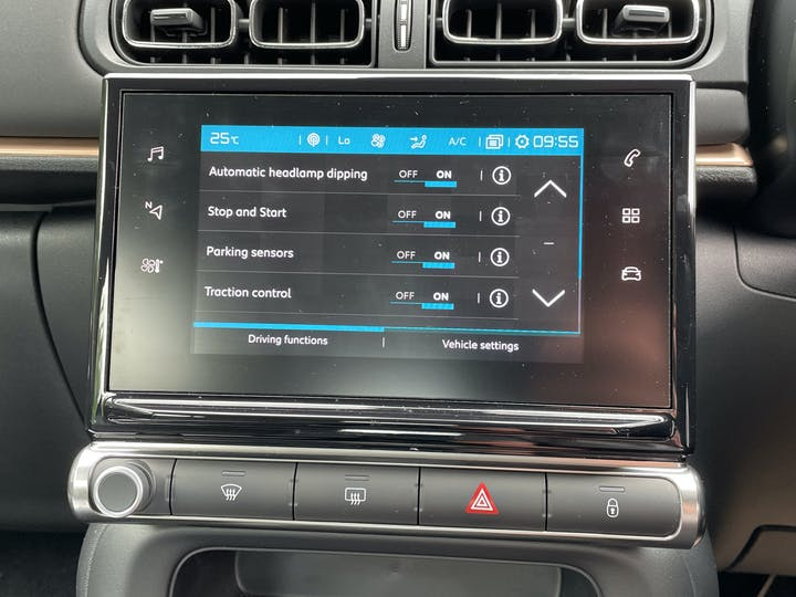 Citroen C3 1.2 Puretech Origins Hatchback 5dr Petrol Manual (s/s) (83 Ps) | CX20XXJ | Photo 19