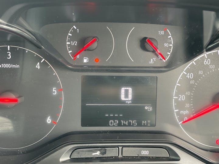 Vauxhall Combo L1 Diesel Combo Cargo 2000 1.6 Turbo D 7 5PS H1 Edition Van | DP19VBN | Photo 19
