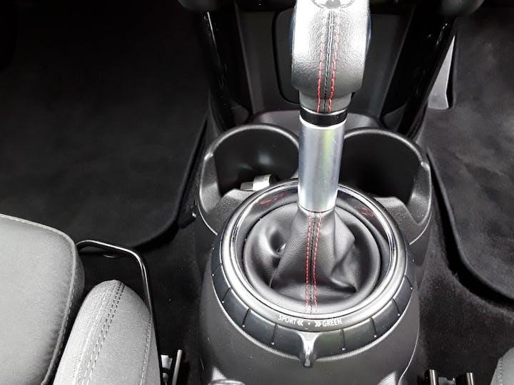 MINI Hatch 2.0 Cooper S Hatchback 5dr Petrol Auto (s/s) (192 Ps) | LA17GUH | Photo 19