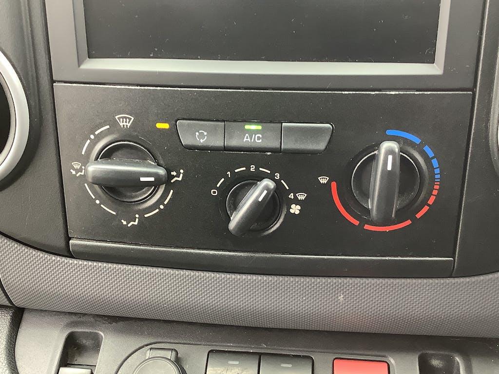 Peugeot Partner Panel Van 23
