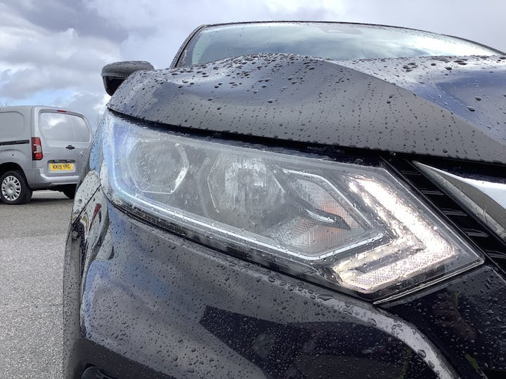 Nissan Qashqai 1.5 DCi Acenta SUV 5dr Diesel Manual (s/s) (110 Ps) | MD67JHO | Photo 19