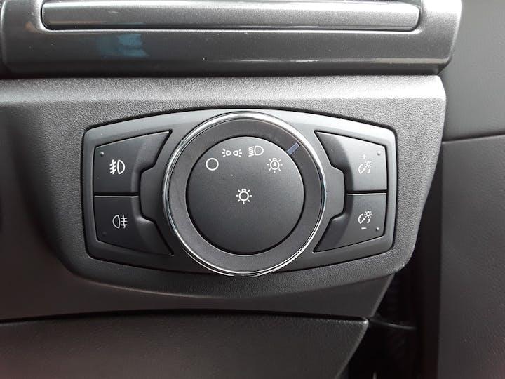Ford Mondeo 2.0 Tivct Titanium Edition Estate 5dr Petrol Hybrid Cvt (s/s) (17 Inch Alloys) (187 Ps)   MF69TWK   Photo 19