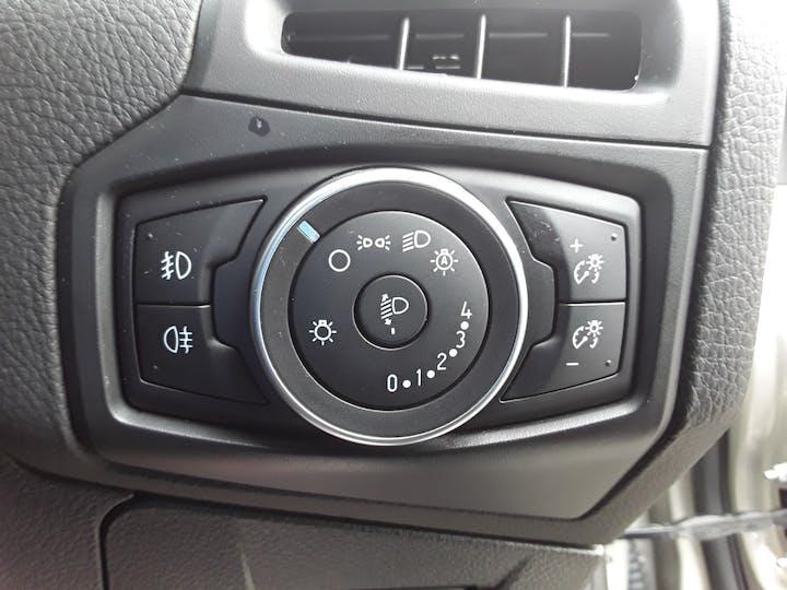 Ford Focus 1.0 Ecoboost Titanium 5dr | MJ65EWE | Photo 19