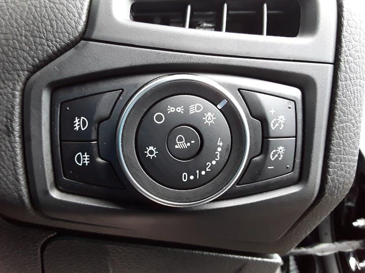 Ford Focus 1.5 TDCi Titanium Hatchback 5dr Diesel (s/s) (120 Ps) | ML67HZX | Photo 19