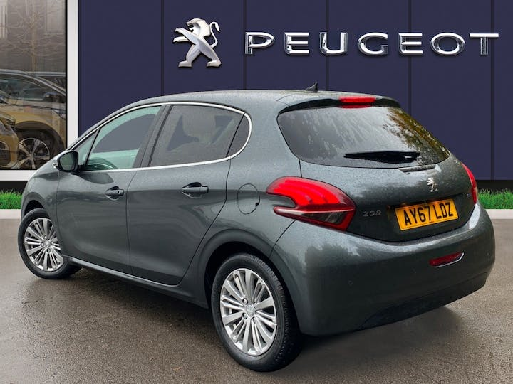 Peugeot 208 1.2 Puretech Allure Hatchback 5dr Petrol (82 Ps) | AY67LDZ | Photo 2