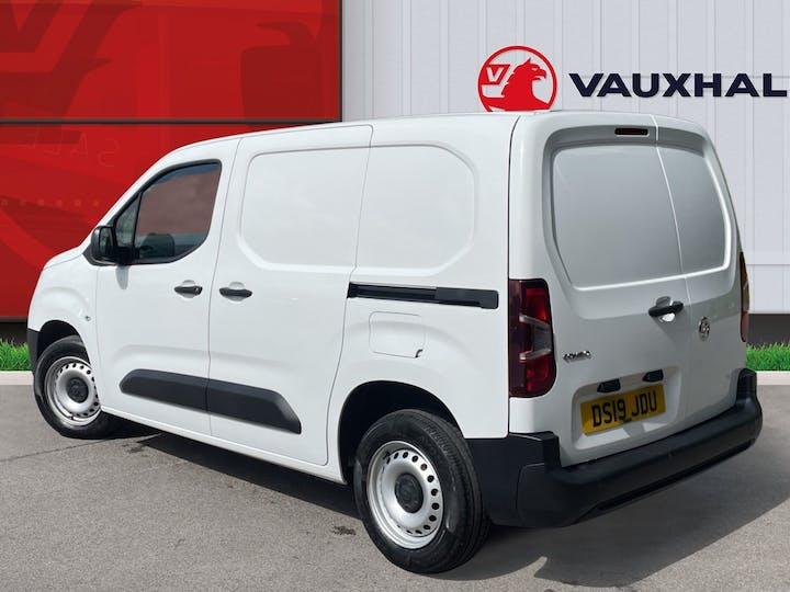 Vauxhall Combo 2000 1.6 Turbo D 1 00PS H1 Edition Van | DS19JDU | Photo 2