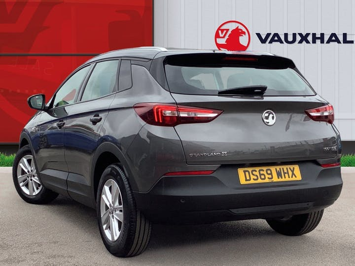 Vauxhall Grandland X 1.5 Turbo D Blueinjection SE SUV 5dr Diesel Manual (s/s) (130 Ps)   DS69WHX   Photo 2