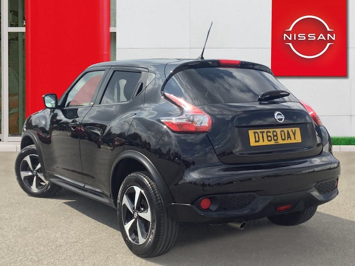 Nissan Juke 1.6 Bose Personal Edition SUV 5dr Petrol (112 Ps) | DT68OAY | Photo 2