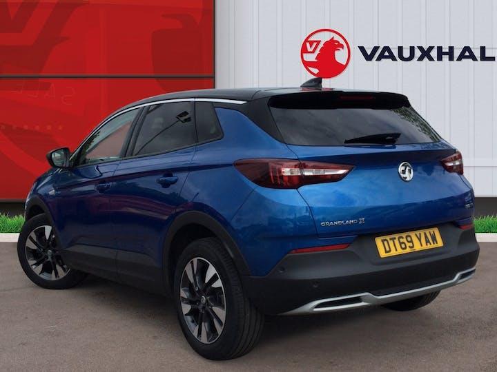 Vauxhall Grandland X 1.2 Turbo SRi Nav SUV 5dr Petrol Manual (s/s) (130 Ps)   DT69YAW   Photo 2