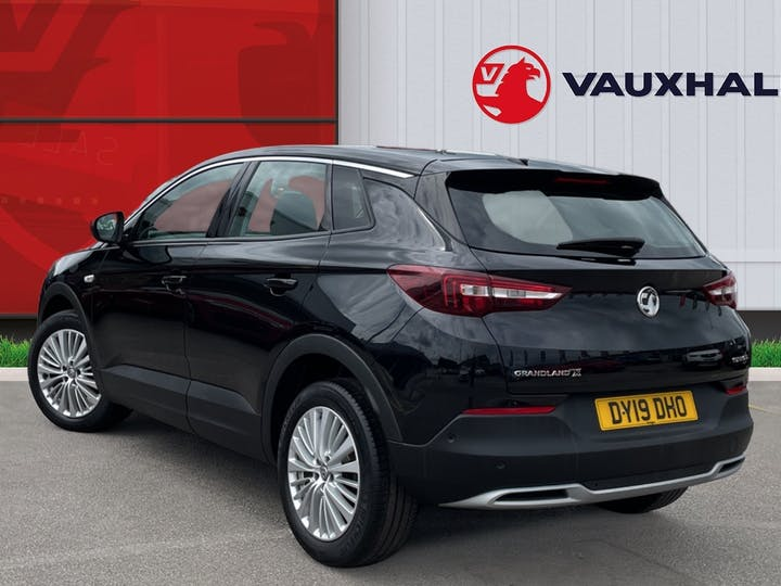 Vauxhall Grandland X 1.5 Turbo D Blueinjection Sport Nav SUV 5dr Diesel Manual (s/s) (130 Ps) | DY19DHO | Photo 2