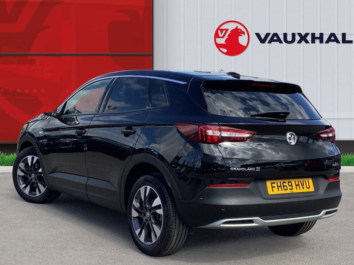 Vauxhall Grandland X 1.2 Turbo SRi Nav SUV 5dr Petrol Manual (s/s) (130 Ps) | FH69HVU | Photo 2