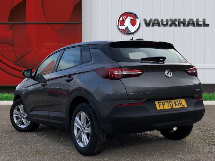 Vauxhall Grandland X 1.5 Turbo D Blueinjection SE SUV 5dr Diesel Auto (s/s) (130 Ps) | FP70KHL | Photo 2