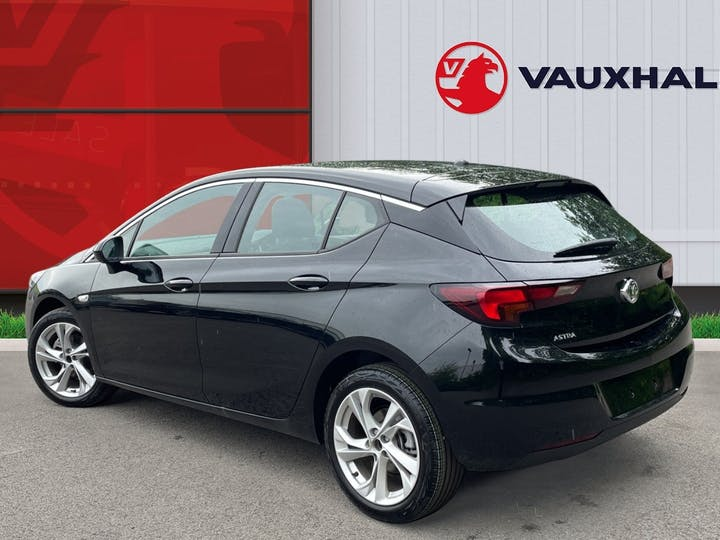Vauxhall Astra 1.2 Turbo SRi Hatchback 5dr Petrol Manual (s/s) (145 Ps) | FT21NUX | Photo 2
