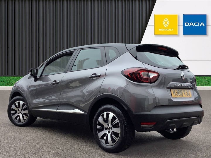 Renault Captur 0.9 Tce Energy Play SUV 5dr Petrol (s/s) (90 Ps) | HJ68VJG | Photo 2