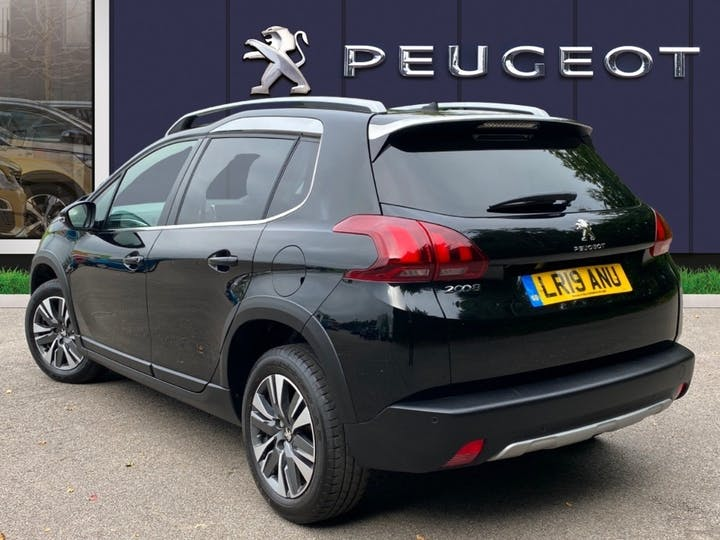 Peugeot 2008 1.2 Puretech Allure Premium SUV 5dr Petrol (s/s) (82 Ps) | LR19ANU | Photo 2