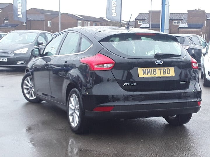 Ford Focus 1.0 Ecoboost 125PS Titanium 5dr | MM18TBO | Photo 2