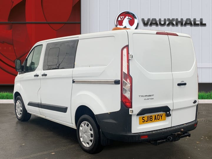 Ford Transit Custom 310 2.0 TDCi 130PS Trend Low Roof Doublecab   SJ18AOY   Photo 2