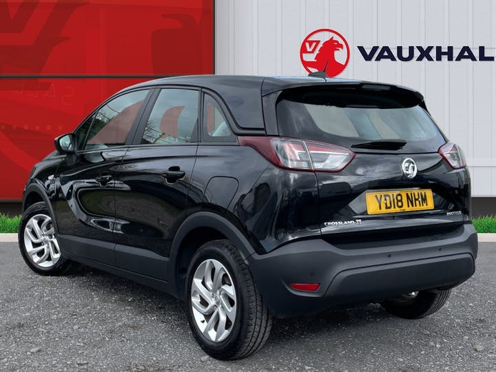 Vauxhall Crossland X 1.6 Turbo D Ecotec Blueinjection SE SUV 5dr Diesel Manual (s/s) (99 Ps) | YD18NHM | Photo 2