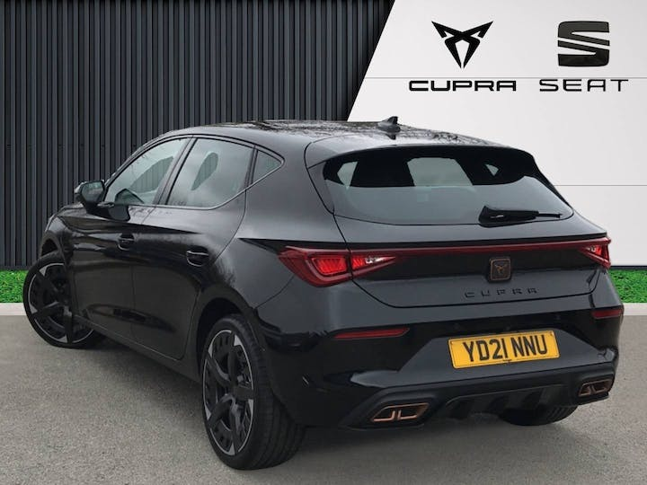 CUPRA Leon 1.4 12.8kwh Vz3 Hatchback 5dr Petrol Plug In Hybrid DSG (s/s) (245 Ps) | YD21NNU | Photo 2