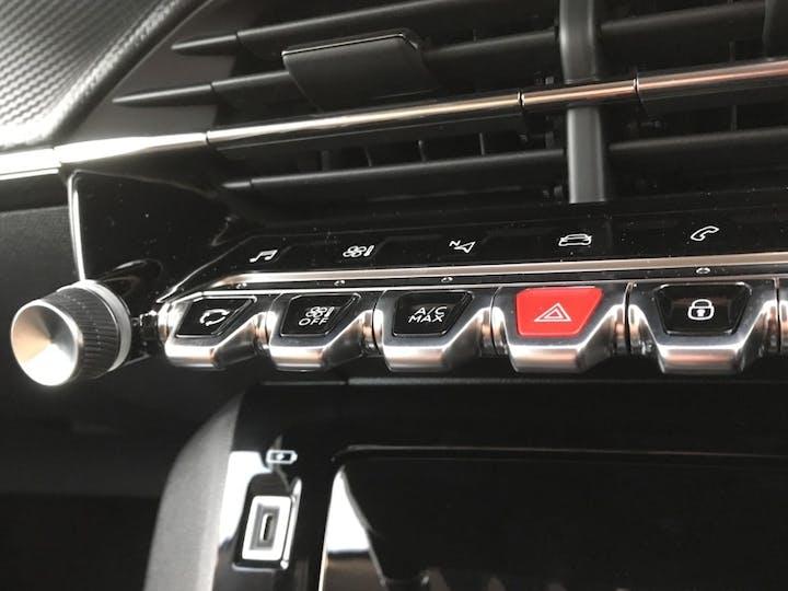 Peugeot 208 1.2 Puretech 100PS Allure Premium 5dr | 97N011727 | Photo 20