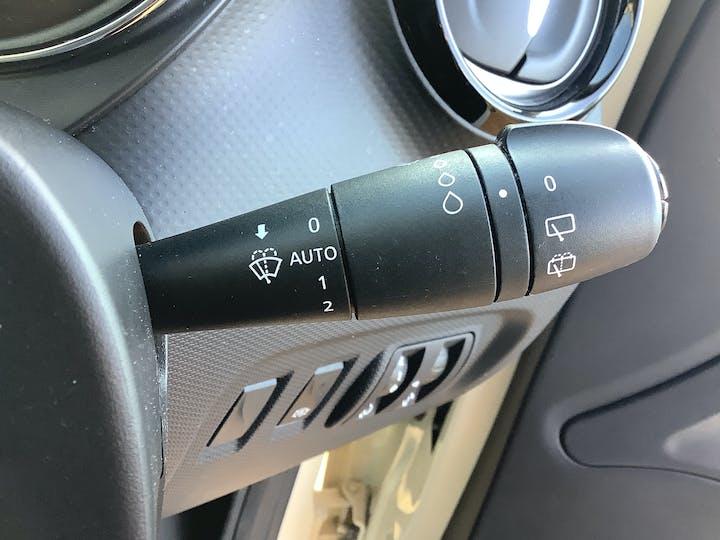 Renault Captur 0.9 Tce Energy Expression + SUV 5dr Petrol Manual (s/s) (114 G/km, 90 Bhp) | AU16LKO | Photo 20