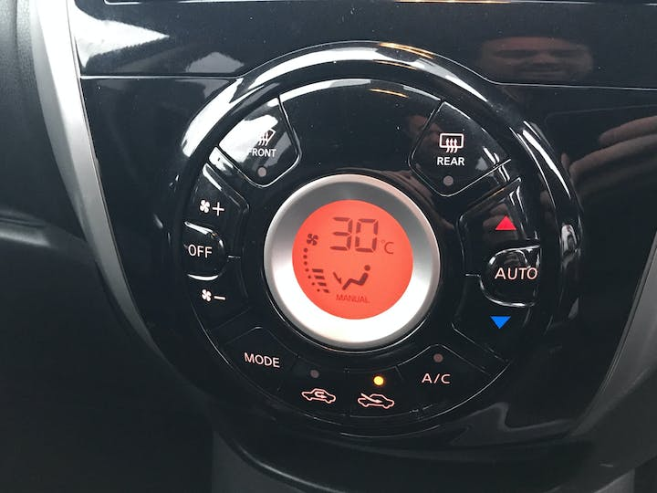 Nissan Note 1.2 Dig S Tekna Hatchback 5dr Petrol Manual (99 G/km, 97 Bhp) | BF64NKC | Photo 20