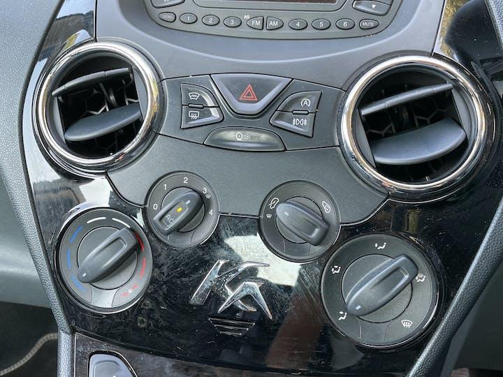 Ford Ka 1.2 Metal Hatchback 3dr Petrol Manual (115 G/km, 69 Bhp)   FM15XVN   Photo 20