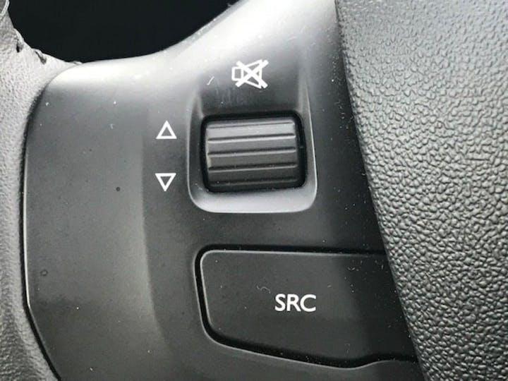 Peugeot 208 1.2 Puretech Black Edition Hatchback 3dr Petrol (82 Ps) | FP17RTO | Photo 20