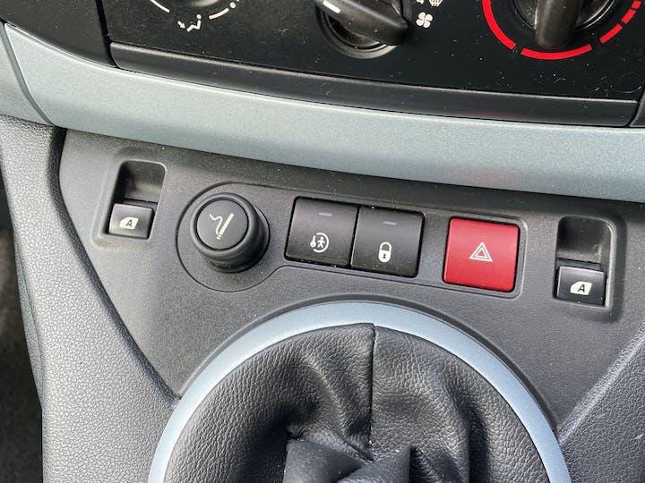 Citroen Berlingo 1.6 TD Plus Multispace Special Edition Mpv 5dr Diesel Manual (135 G/km, 90 Bhp) | FT62AYY | Photo 20