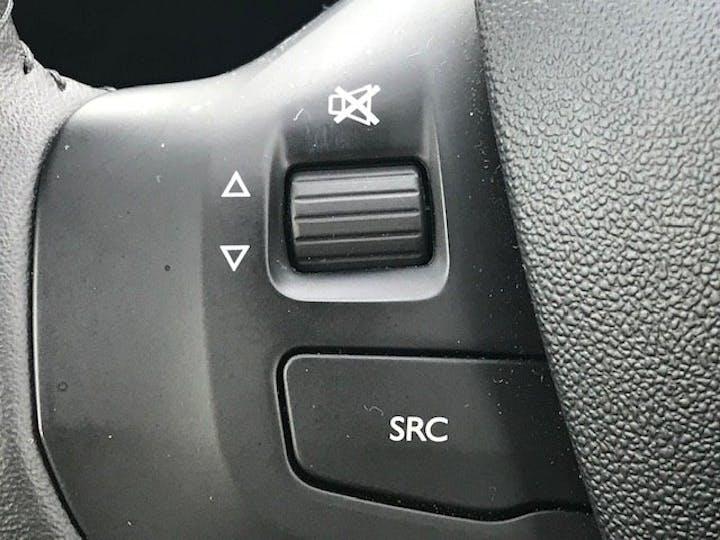 Peugeot 208 1.2 Puretech Active Hatchback 5dr Petrol (82 Ps) | FX67YDN | Photo 20