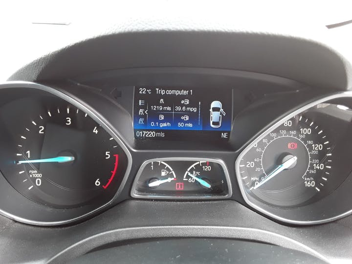 Ford Kuga 1.5 TDCi Titanium 5dr   MA17PNE   Photo 20