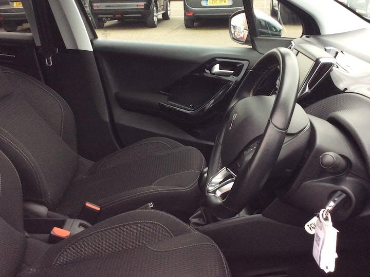 Peugeot 208 1.2 Puretech Allure Premium Hatchback 5dr Petrol (s/s) (82 Ps) | MD18CHO | Photo 20