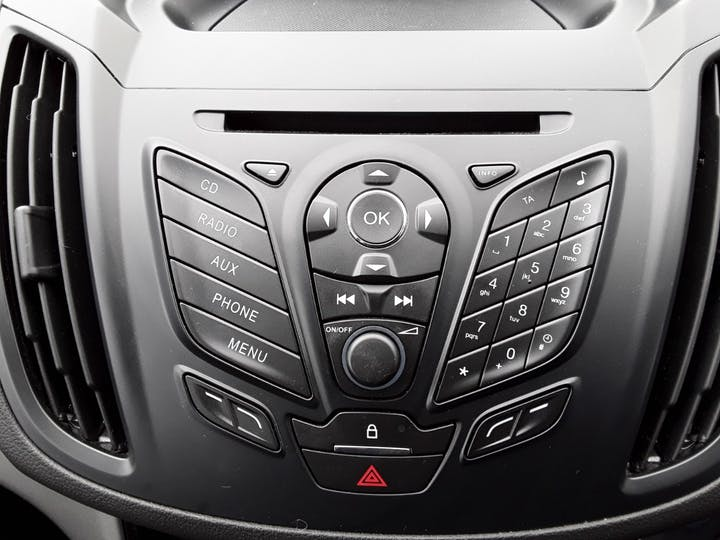 Ford Kuga 1.6 Ecoboost Zetec 5dr 2wd | MK64AEA | Photo 20