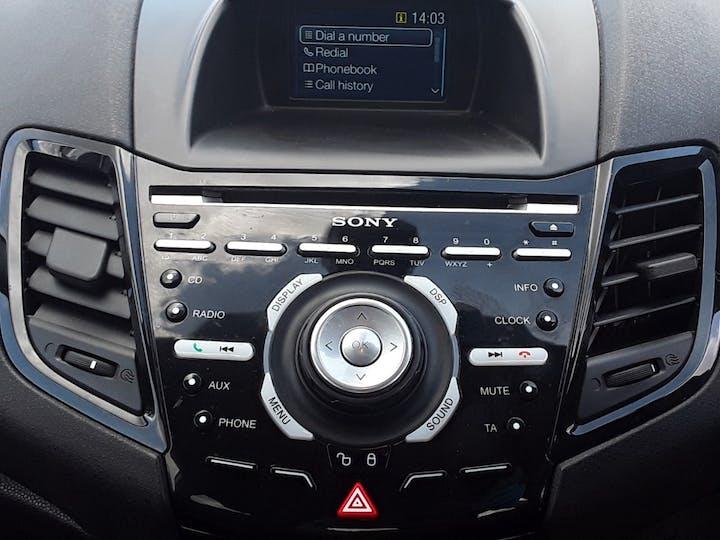Ford Fiesta 1.0 Ecoboost Titanium Hatchback 5dr Petrol Manual (s/s) (99 G/km, 123 Bhp) | ML64MGV | Photo 20