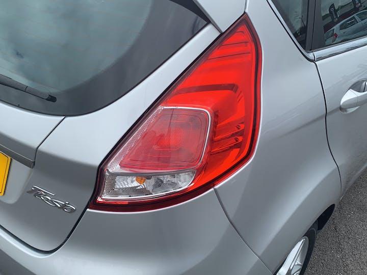 Ford Fiesta 1.25 Zetec Hatchback 5dr Petrol Manual (120 G/km, 81 Bhp)   YR14XRP   Photo 20