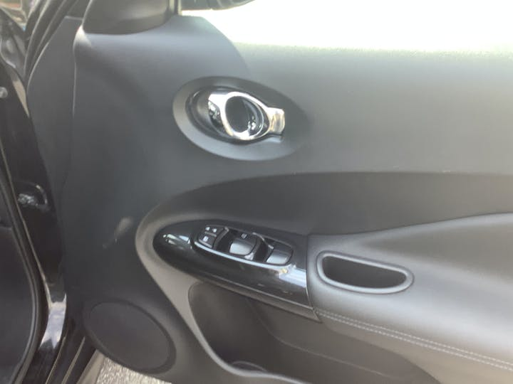 Nissan Juke 1.6 Bose Personal Edition SUV 5dr Petrol (112 Ps) | DT68OAY | Photo 21