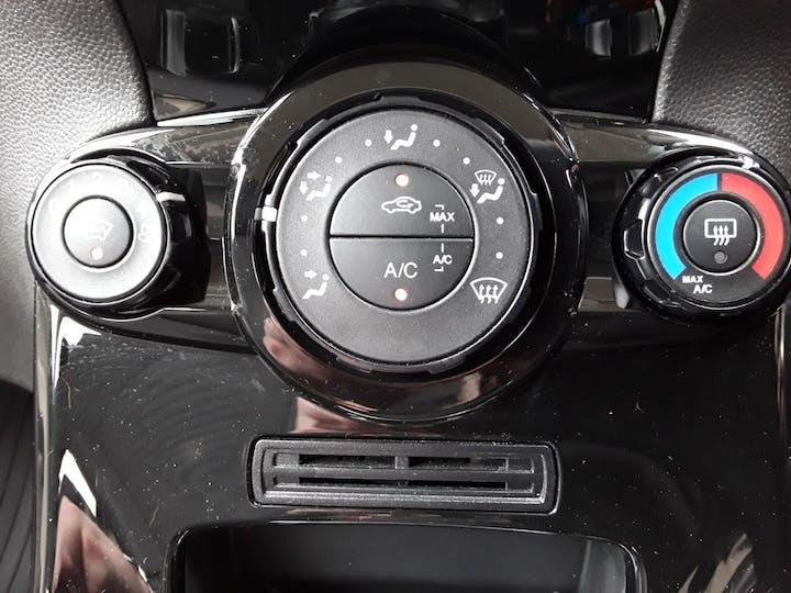 Ford Fiesta 1.25 Zetec Hatchback 3dr Petrol Manual (eu6) (122 G/km, 81 Bhp) | FJ15TWX | Photo 21