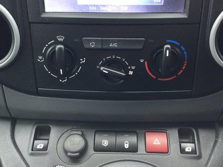 Peugeot Partner 1.6 Bluehdi (eu6) Professional L1 854 Panel Van 5dr Diesel Manual (112 G/km, 100 Bhp)   KD16OFY   Photo 21