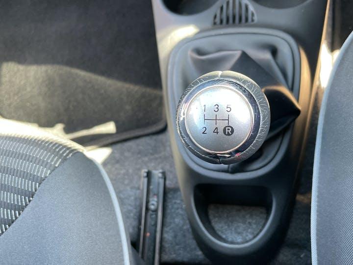 Peugeot 107 1.0 12v Allure Hatchback 3dr Petrol Manual (99 G/km, 68 Bhp) | LM12XCV | Photo 21